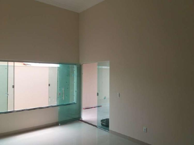 Casa para venda tem 106 metros quadrados com 3 quartos