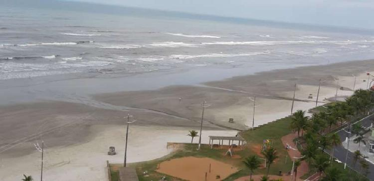2 dormitórios com suíte frente mar- Praia Grande.
