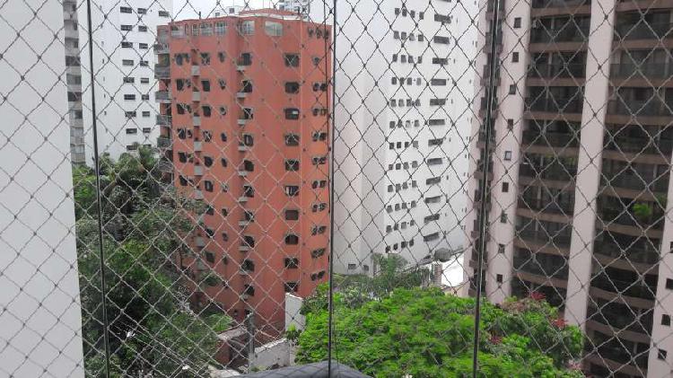 Apartamento em moema super bem localizado, junto ao novo