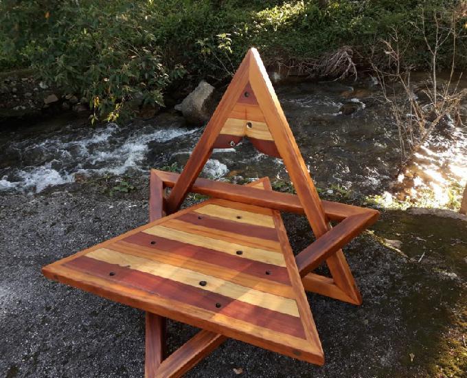Cadeira Estrela, feita com madeira de demolição reciclada!