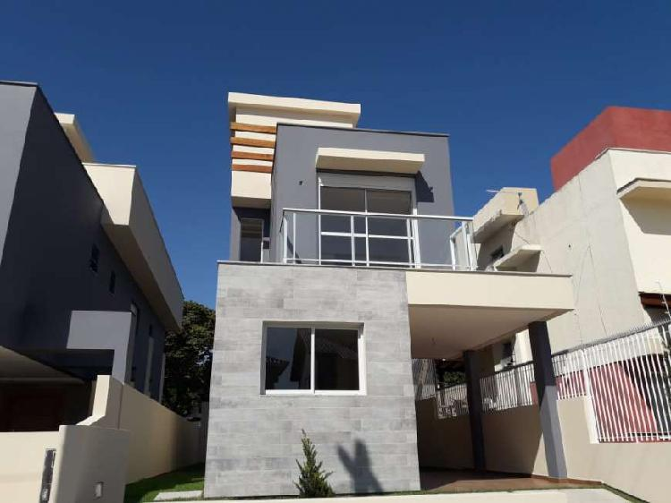 Casa individual nova com 3 dormitórios a venda no campeche