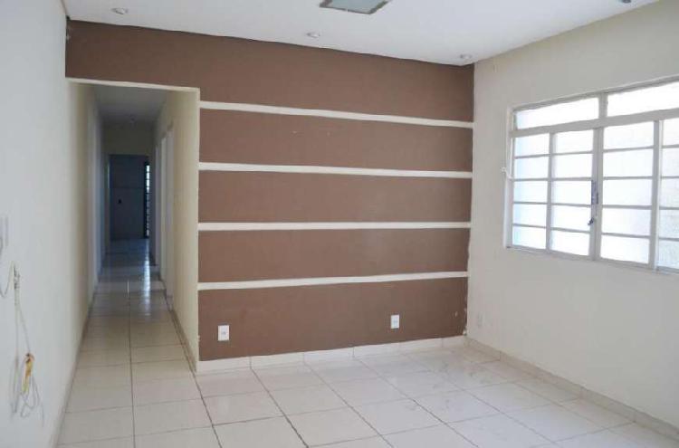 Casa com 3 dormitórios à venda, 110 m² por R$ 449.000 -