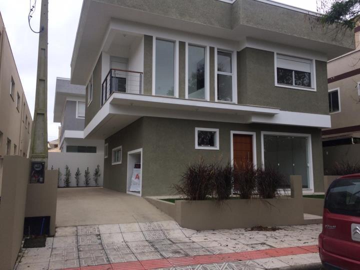 Casa de 139 metros quadrados no bairro campeche com 3