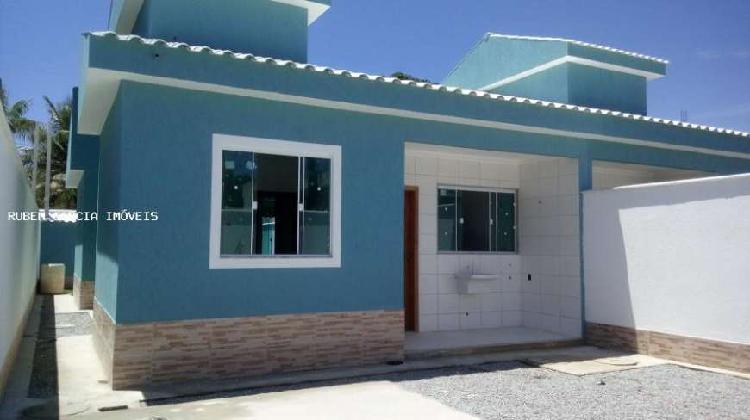 Casa plana 75m2+110m2 de área livre+freezer