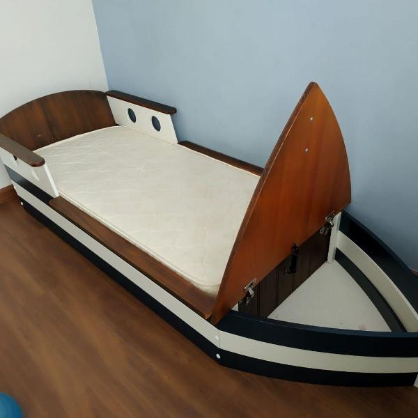 Cama infantil - modelo barco