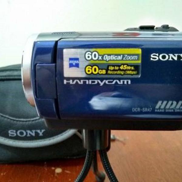 Handy cam sony dcr-sr47 60x