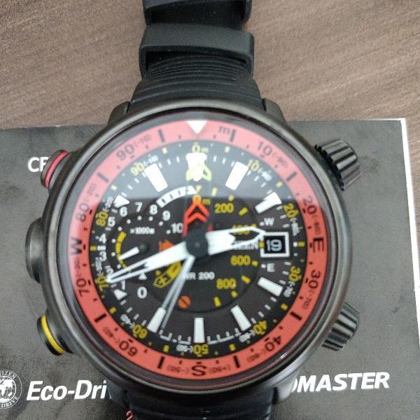 Relogio citizen promaster titanium eco-drive bn5035-02f