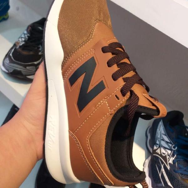 Tênis new balance n40 caramelo