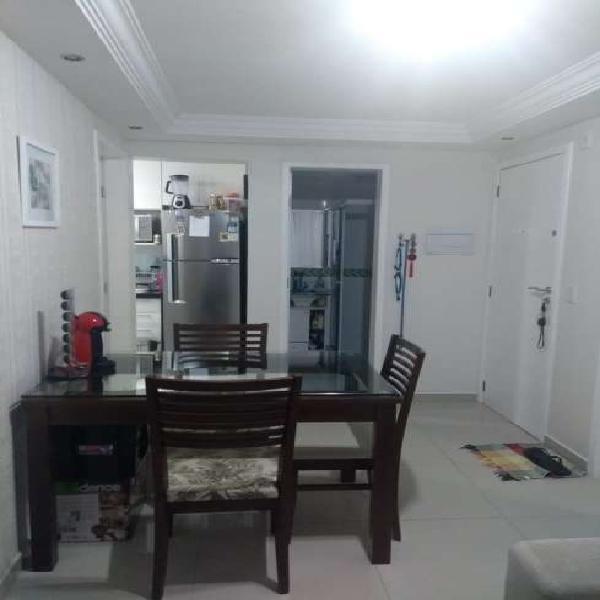 Apartamento para venda possui 60 metros quadrados com 3