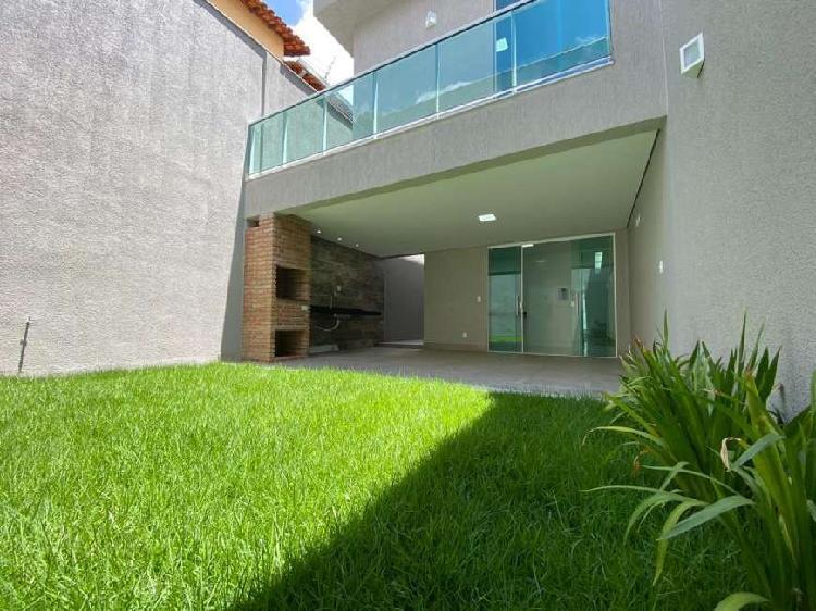 Casa geminada à venda, 3 quartos, 3 vagas, planalto - belo