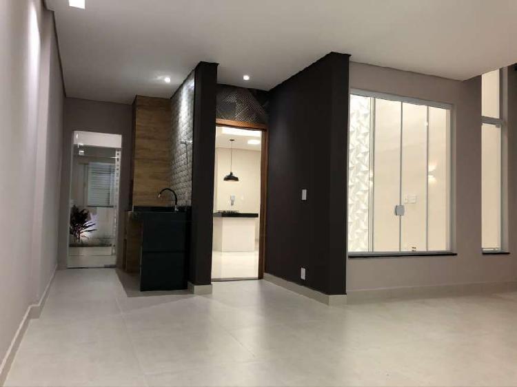 Casa moderna nova estilo de alto padrão na região do