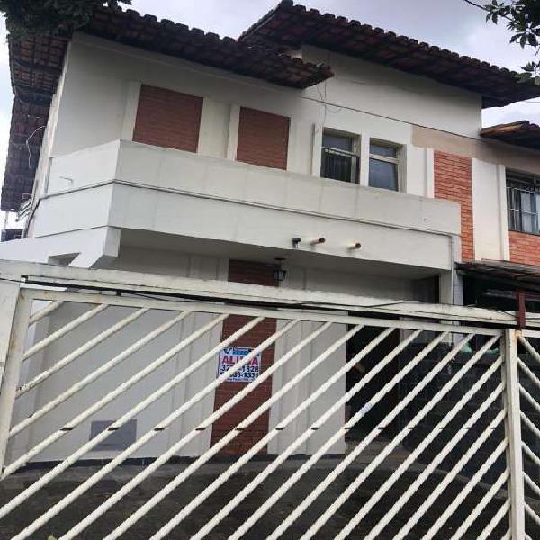 Casa p/ aluguel no bairro planalto