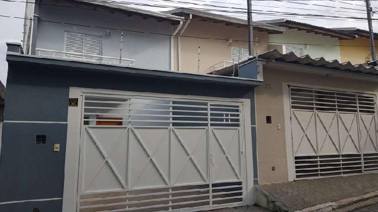 Casa para venda com 75 metros quadrados com 2 quartos em