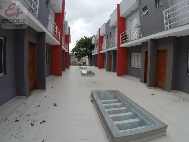 Condomínio fechado - sobrados de 142 m² - região da