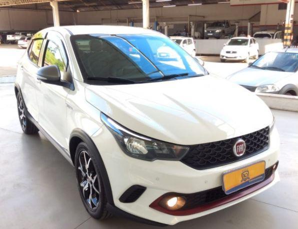 Fiat argo hgt 1.8 16v flex aut. flex - gasolina e álcool