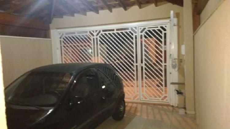 JD PAU PRETO - Casa 3 dorms, sendo 1 suíte