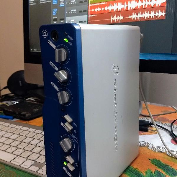 Placa de áudio mbox 2 interface