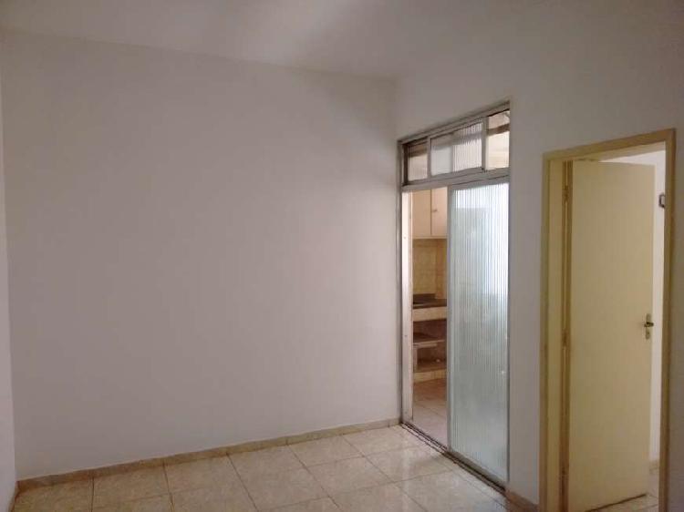 Sala/quarto - centro