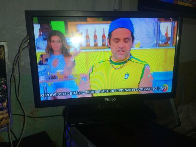 Tv led nao e digital 19 polegada philco