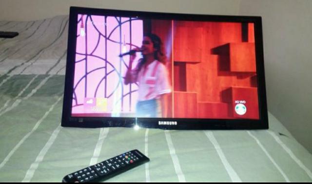 Tv smart samsung 24 polegadas conversor interno com controle