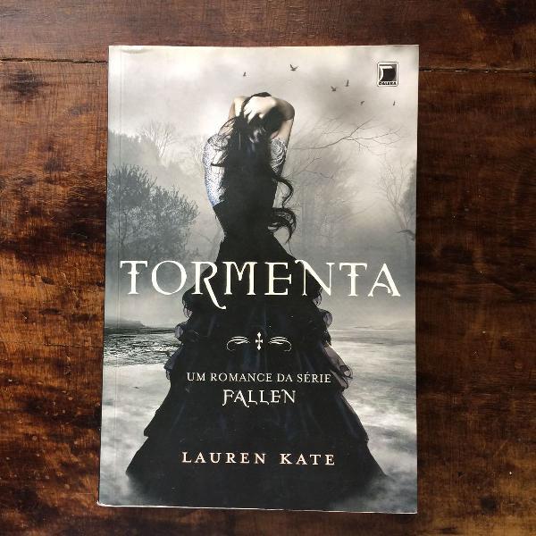 Livro tormenta série fallen lauren kate
