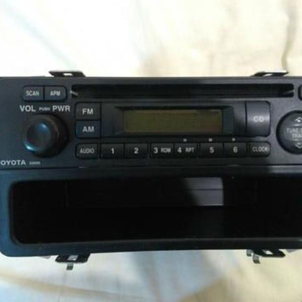 Rádio toyota corolla com suporte metálico e porta treco
