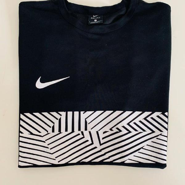 Camiseta dri-fit nike