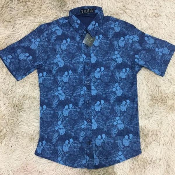 Camisa social floral manga curta masculina estampada