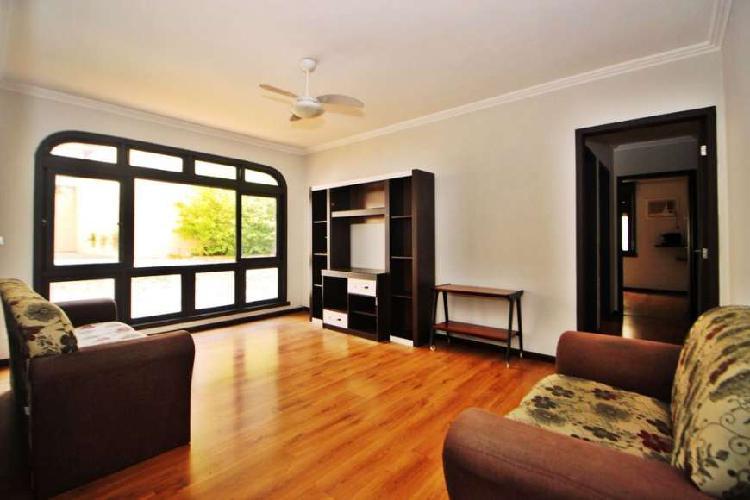 Apartamento para venda possui 78m2 2dorm. 1vaga com elevador