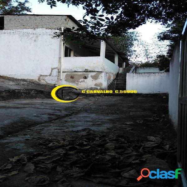 Casa 2 quartos em irajá/rj com quintal e espaço para construir