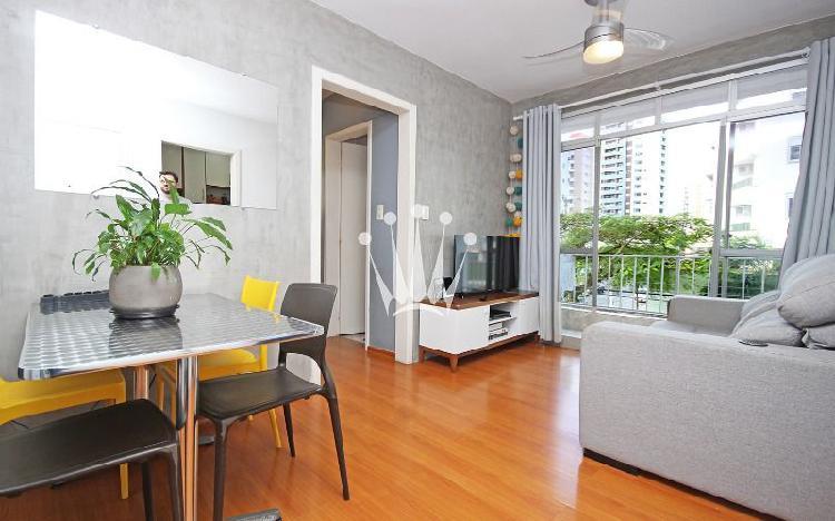 Apartamento 2 dormitórios com 2 vagas de garagem em