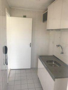 Apartamento vila augusta - 2 dormitórios, sala cozinha e