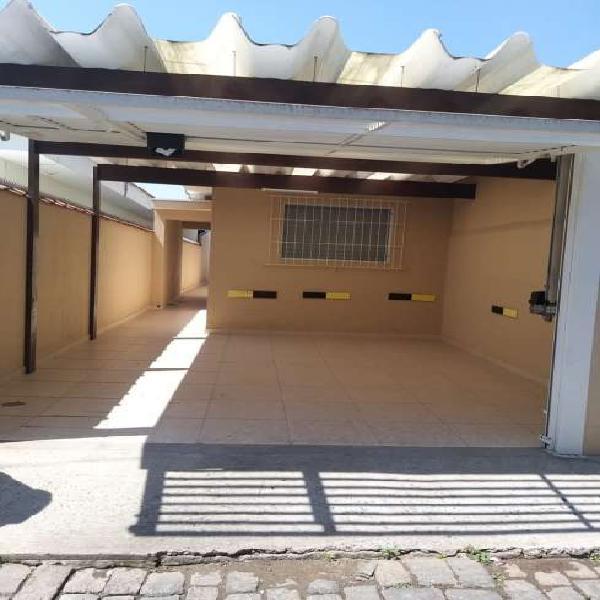 Casa 2 dorm, 125m², aceita financiamento
