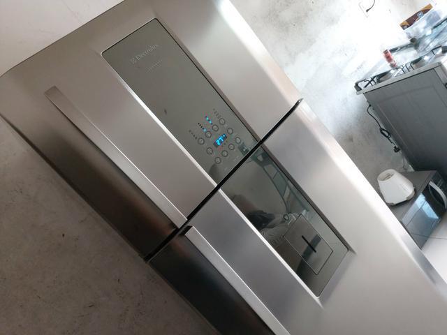 Electrolux luxo inox frost free 2 porta duplex 553 litros