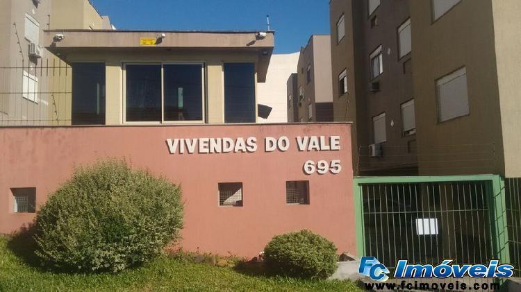Fc vende, apartamento, 02 dormitórios, sacada, 58m2, bairro