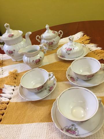 Jogo de chá antigo porcelana real