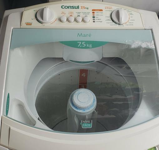 Lavadora de roupas consul 7,5 kg maré - funcionando