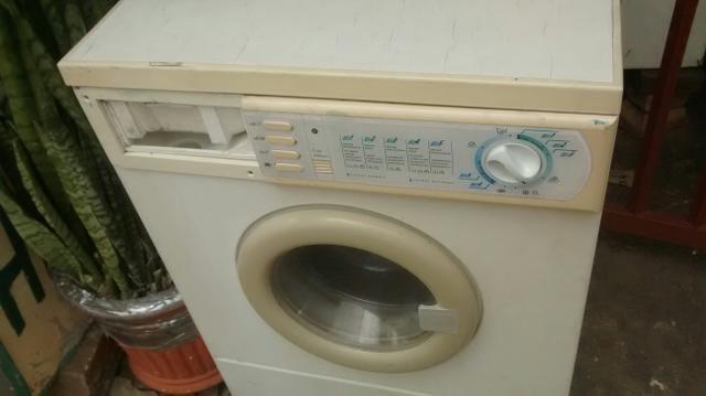 Máquina de lavar roupas 6kg completa não liga desocupo