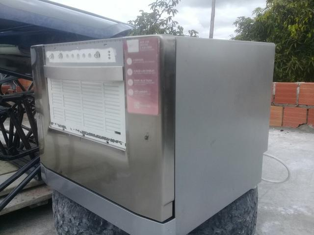 Máquina de lavar louça electrolux!!