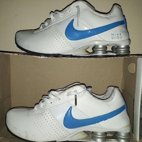 Nike shox branco com azul bebê original