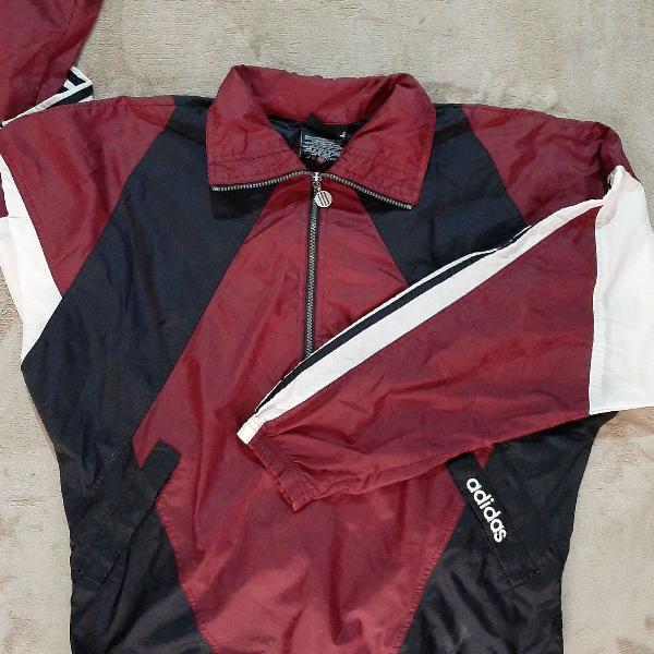 Blusa de frio adidas leve para treino e corrida.