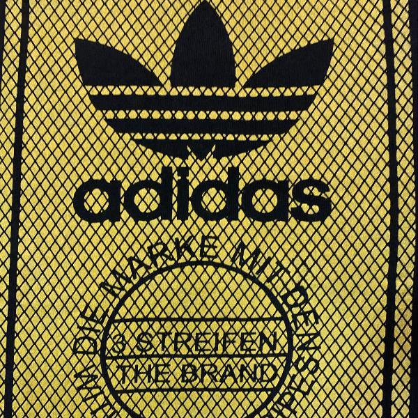 Camiseta adidas gold era