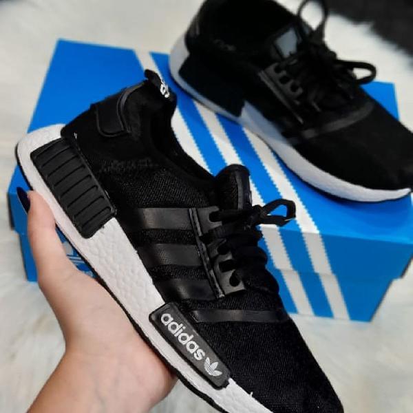 Tênis adidas nmd preto branco