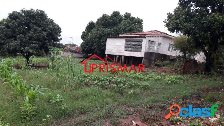 Casa térrea 2 vagas e 7 terrenos em quintana região de marília/são paulo