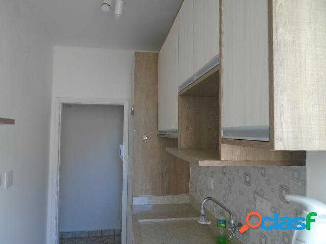 Apartamento a venda- 2 dormitórios- 2 vagas- reformado- praia- aparecida