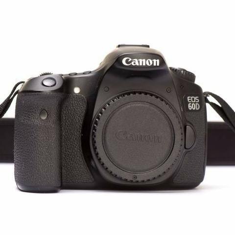 Camera canon 60d + lente 50mm + lente 24mm + lente zoom