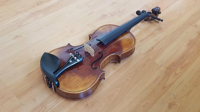 Violino vk644 sólido - troco por violão elétrico de aço