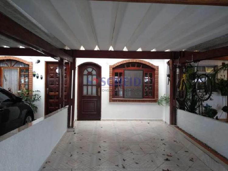 Casa em condomínio 03 dormitórios 02 vagas!!!