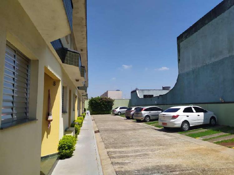 Casa para locação em condomínio residencial, 1