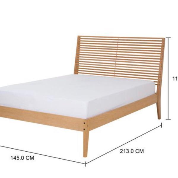 Cama de casal tok&stok modelo merce 138